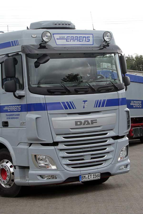 Moderner LKW unseres Unternehmens
